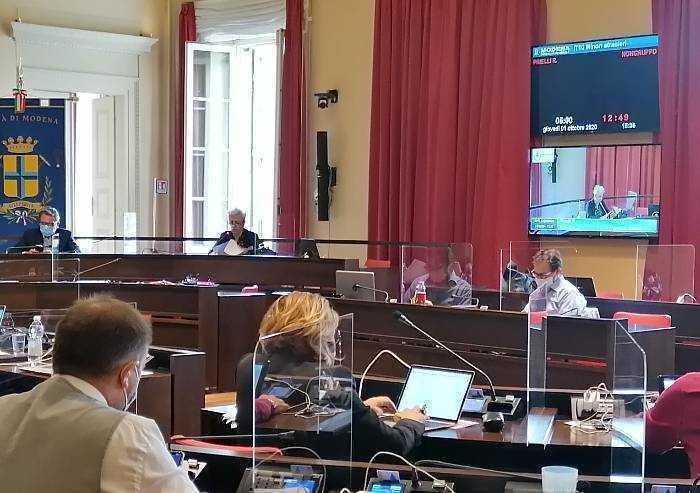 'Qualità della vita, il sindaco di Modena commenti il crollo'