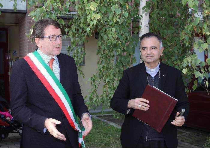 Modena, il vescovo ospite del Consiglio comunale