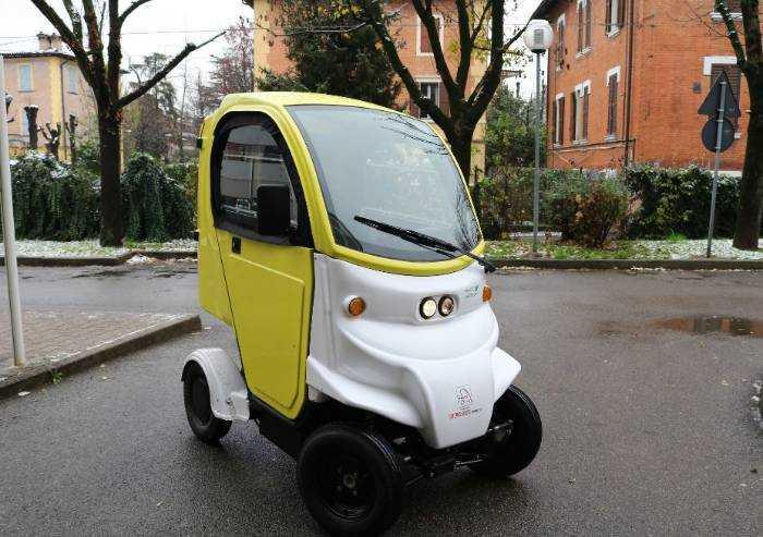 Ducati Energia dona veicolo elettrico ad Azienda ospedaliera di Modena