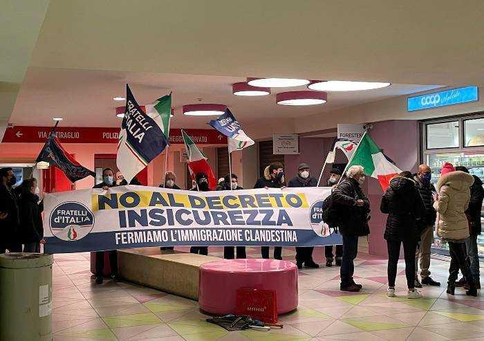 Errenord, presidio di Fratelli d'Italia: 'Fermare Decreto insicurezza'