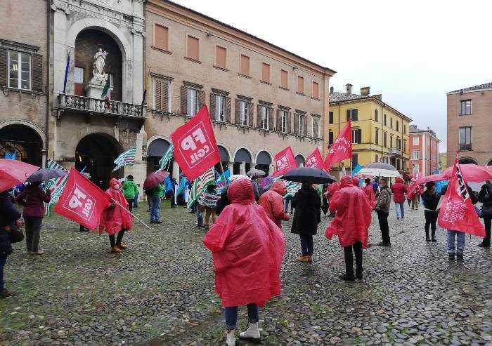Precarietà e nuovo contratto: lavoratori pubblico impiego in piazza