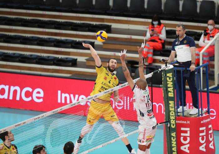 Volley: la Leo Shoes perde ancora, a Trento è 3-0