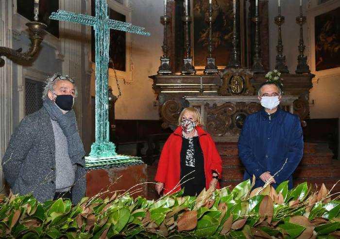 Modena, l'opera Natività della luce alla Chiesa del Voto