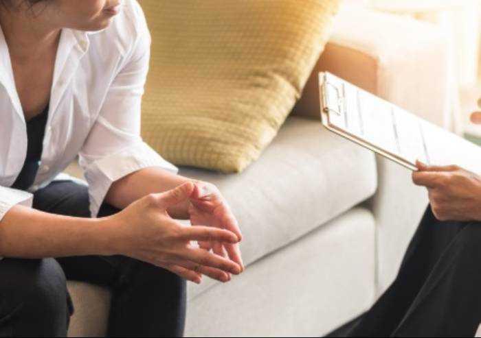 Stress emotivo da isolamento Covid: attiva l'assistenza psicologica
