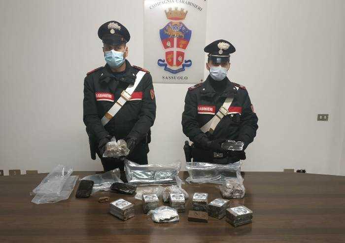 Prignano: nascondeva 9 kg di hashish, arrestato 43enne