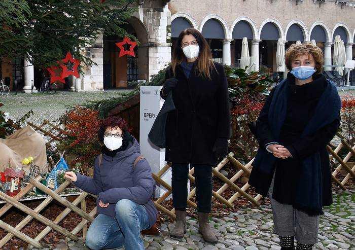 Modena, i doni di Natale nelle piazze con l'assessore Baracchi