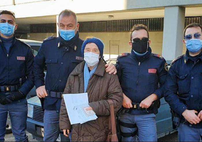 Modena, polizia trova auto di una anziana e la riconsegna aggiustata
