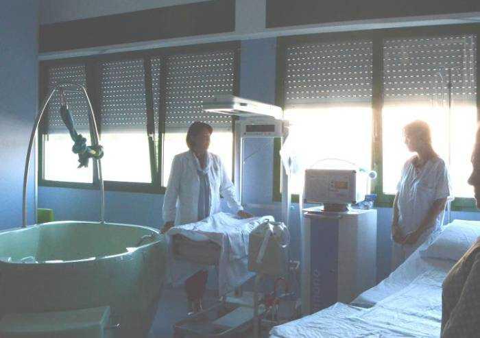 Ospedale di Mirandola, riparte in anticipo  il Punto Nascita