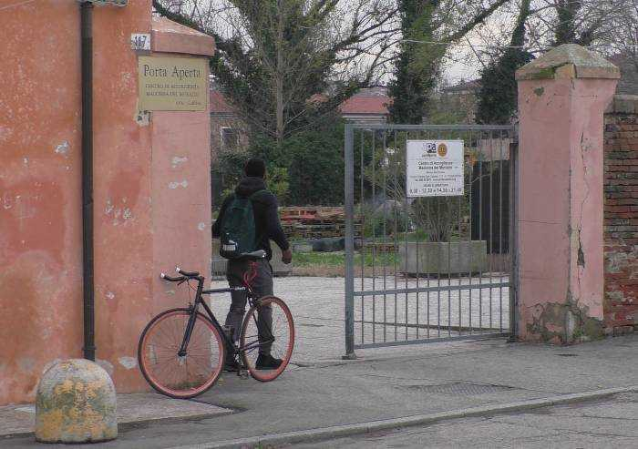 Sbarchi clandestini triplicati nel 2020, in E-R 8300 richiedenti asilo