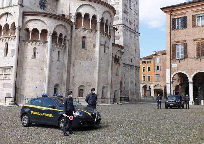 Finanza Modena, controlli anti-Covid 118 auto e 173 persone fermate