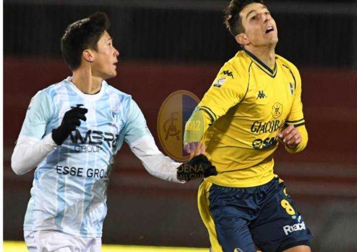 Modena batte Legnago, gialloblù soli in vetta