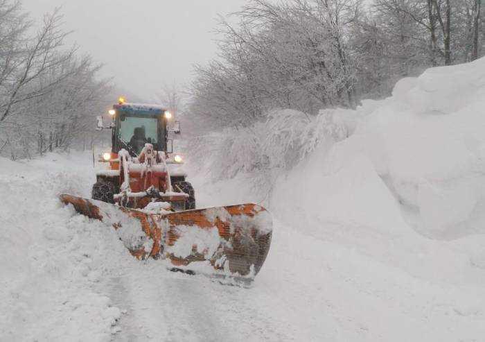Neve, oltre mezzo metro a Passo delle Radici