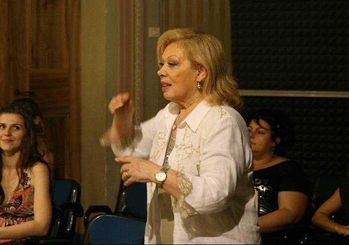Modena, teatro comunale Pavarotti intitolato anche a Mirella Freni