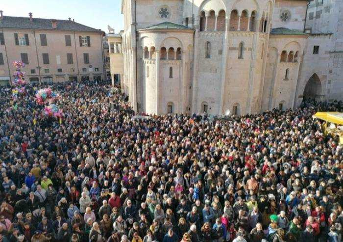 Un anno fa l'ultimo evento di piazza a Modena. Poi la scure del Covid