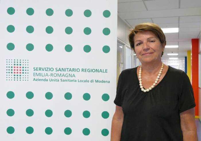 Modena, da lunedì vaccinazioni con Astra Zeneca al personale scolastico