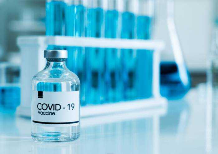 Covid, AstraZeneca: 'Lavoriamo per rispettare la consegna delle dosi'