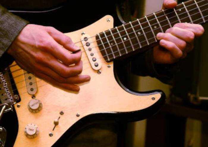 5 brani rock per chitarristi in erba