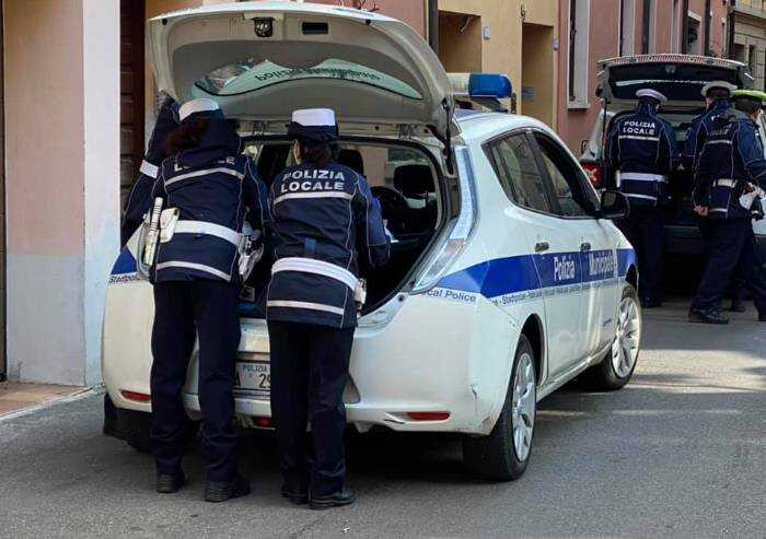 Reggio, conferenza di Fdi: la municipale li multa per assembramento