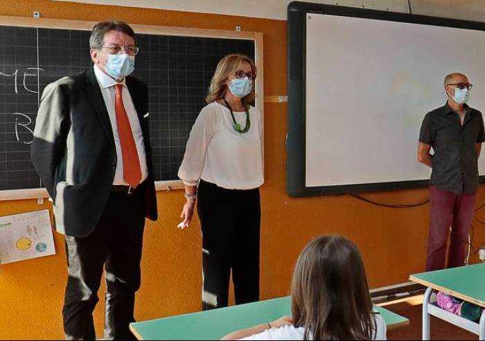 Modena, ora Muzzarelli attacca Draghi: 'La scuola non andava chiusa'