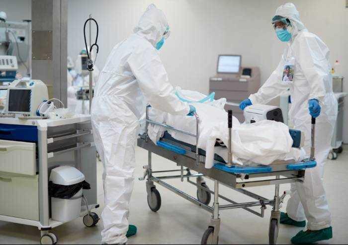 Covid, in provincia di Modena 514 contagi e 8 morti