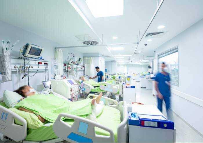 Covid, 179 contagi a Modena e 5 morti. I ricoverati sono 12
