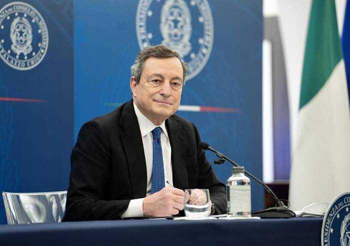 Draghi: 'Con le varianti dovremo vaccinarci per anni a venire'