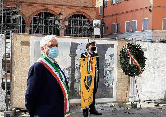 25 aprile, a Mirandola sindaco Lega se ne va alle note di Bella Ciao