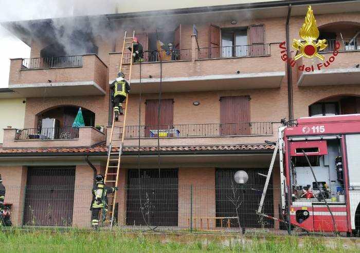 San Prospero: a fuoco appartamento, danni ingenti, nessun ferito