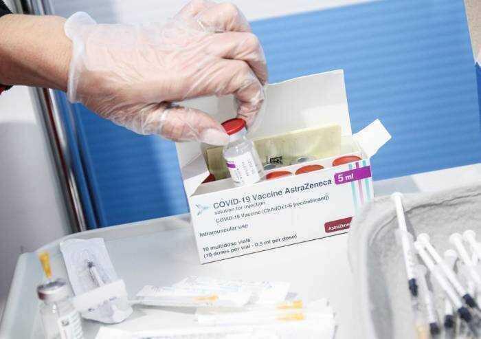 Vaccini: carico da un milione in regione, 123 mila a Modena