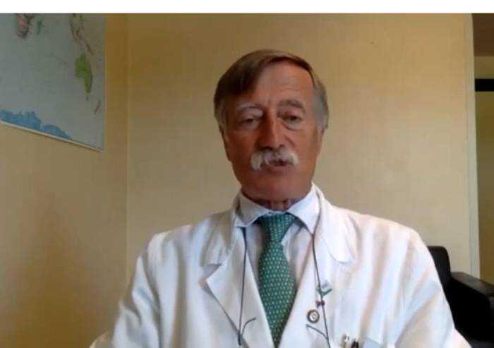 'Covid, chi si vaccina può sia infettarsi che contagiare gli altri'