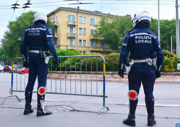 La Polizia locale avverte: occhio all'efficienza dei dispositivi