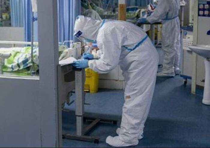 Covid, 464 contagi in Emilia Romagna e 6 morti