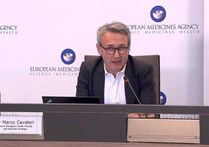 Cavaleri (Ema): 'E' meglio vietare AstraZeneca a tutti'