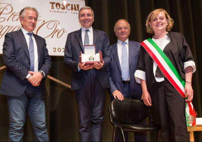 Vignola, al professor Luca Richeldi il premio Ciliegia d'oro
