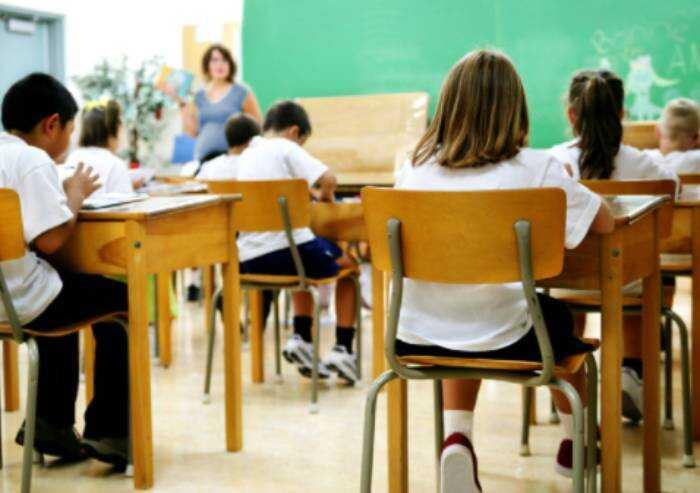 Scuola, Cts: a settembre in classe con mascherina e distanziamento