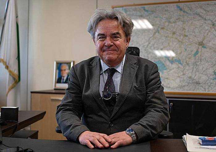 Emilia, assessore regionale propone carrozze treno per vaccinati e non