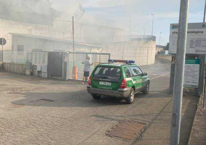Pavullo, incendio all'isola ecologica Hera