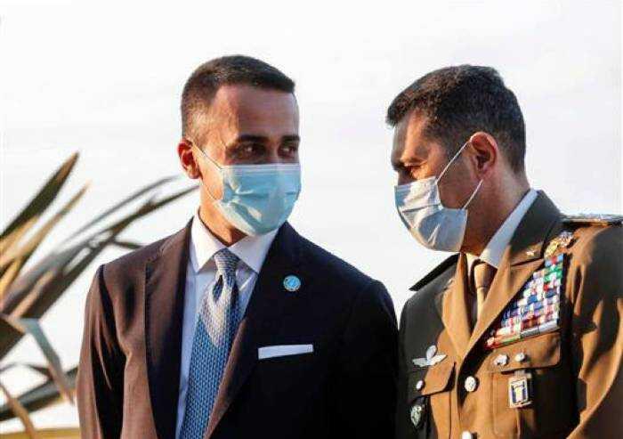 Di Maio: 'Vaccinarsi serve proprio a riconquistare la nostra libertà'