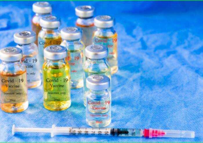 'Sperimentazione vaccini finisce nel 2023: scelgo di curarmi e curare'