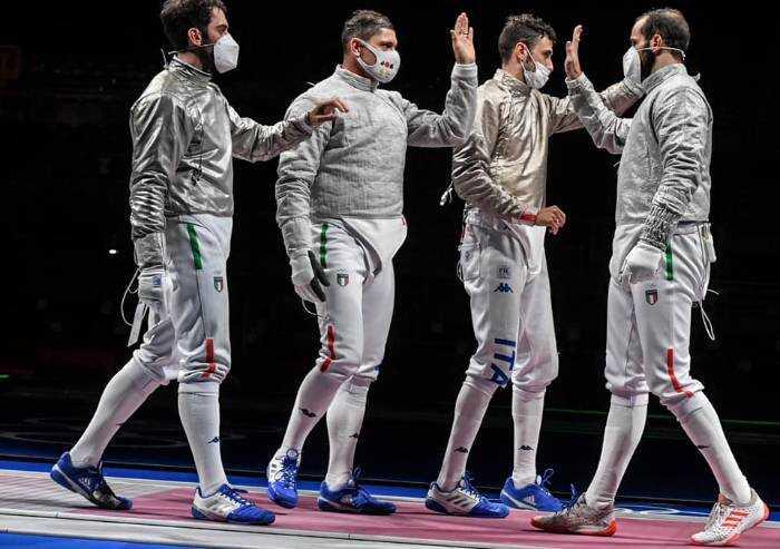 Olimpiadi, il saluto di Federica Pellegrini e Aldo Montano
