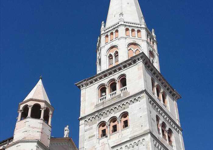 Modena, serve il Green Pass anche per salire sulla Ghirlandina