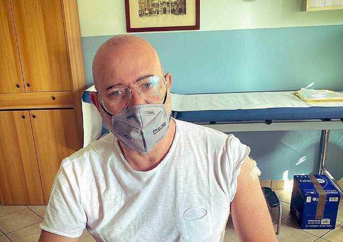Bonaccini: 'Io sono favorevole a Green pass anche su luoghi di lavoro'