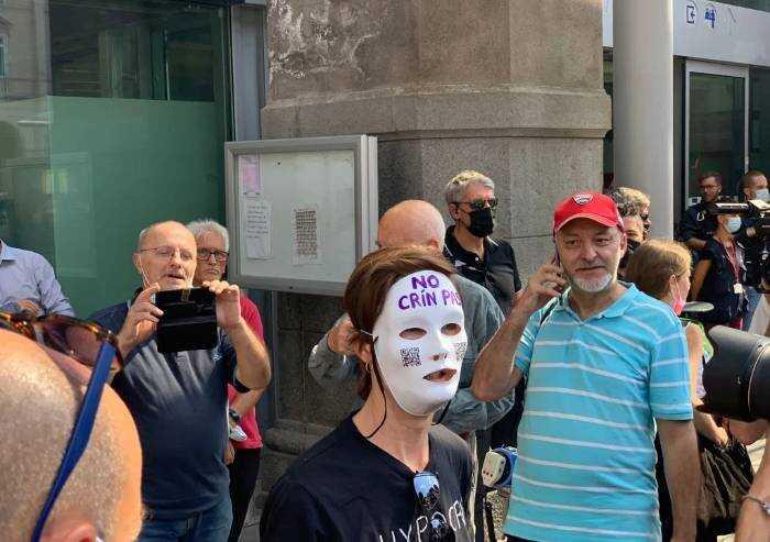 Proteste anti Green Pass: nessun disordine nelle stazioni italiane