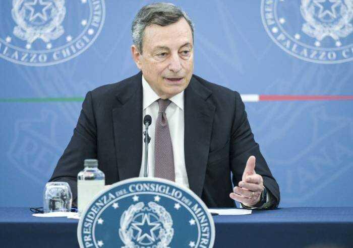 Obbligo vaccinale? Le incerte certezze del premier Draghi