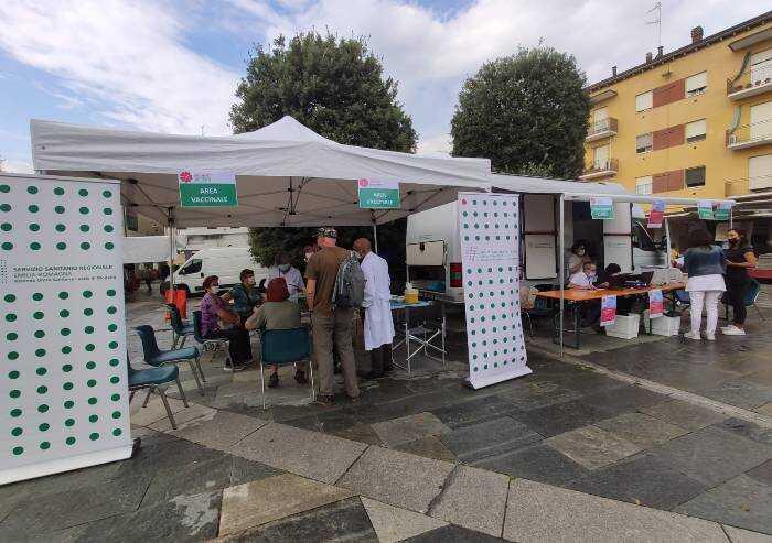 Vaccinato il 68,7% dei modenesi, il 36,2 tra i 12 e i 19 anni