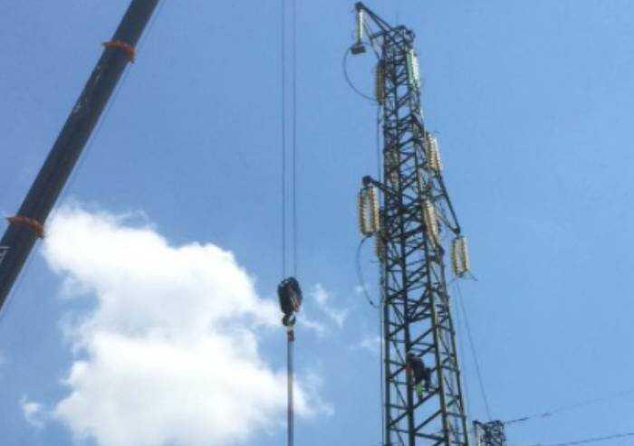 Pievepelago: grandi lavori sulla rete elettrica, disagi sulla Giardini