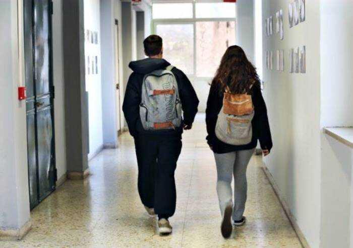 Studenti Unimore Contro il Green Pass, lettera al rettore: lo rifiuti