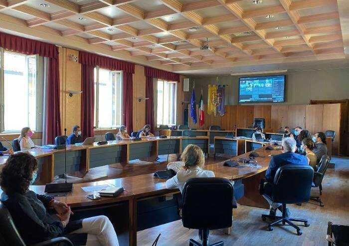 Covid Modena, la Provincia soddisfatta: 'Nuove aule e trasporti ok'