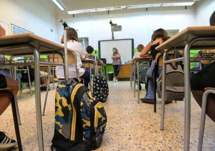 Scuole superiori: campanella per 35mila, 800 in più in provincia