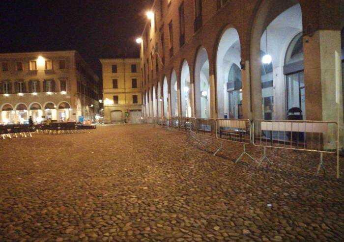 Modena, le transenne del green pass calano al Festival sulla Libertà